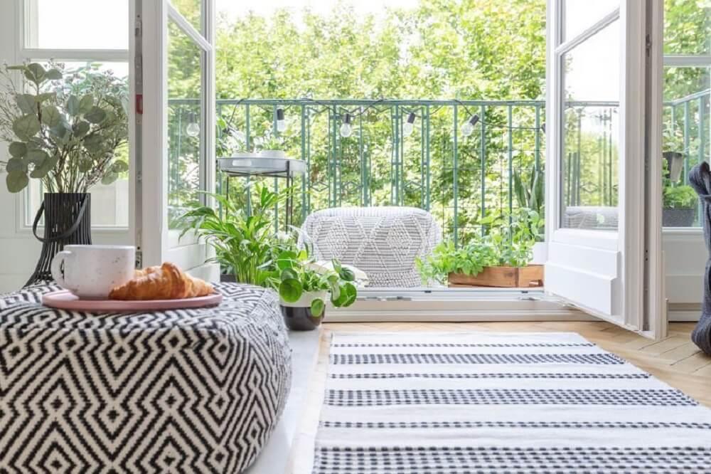 Leve em conta suas necessidades pessoais na hora de criar um espaço na área externa. Foto: habitissimo.com