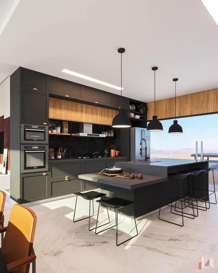 Armários pretos para decoração de cozinha planejada grande com ilha gourmet Foto Paloma Rodrigues Arquiteta