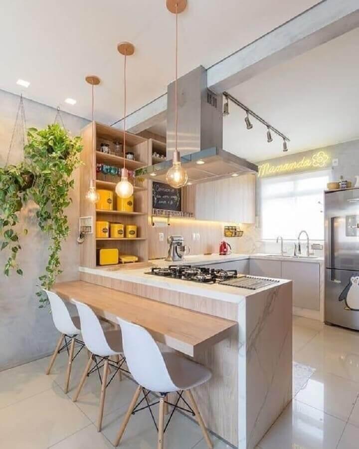 Bancada de madeira para decoração de cozinha e sala americana integradas Foto Arkpad