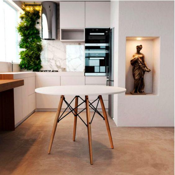 Cozinha com mesa eiffel branca