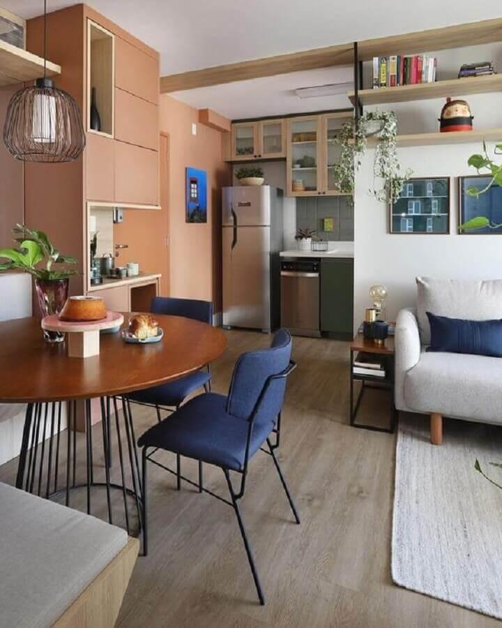 Decoração com mesa redonda para sala de jantar e estar integradas Foto Mandril Arquitetura