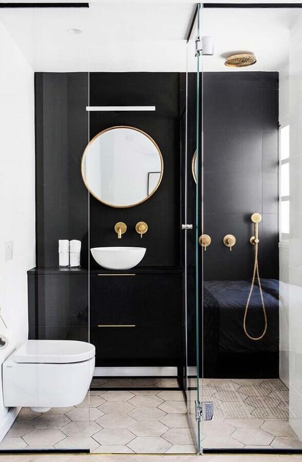 Decoração moderna para banheiro bonito preto e branco com detalhes em dourado Foto Home Fashion Trend
