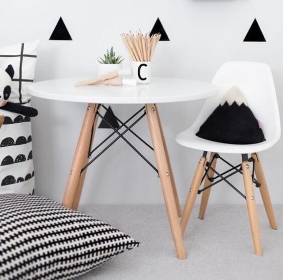 Mesa eiffel redonda para quarto