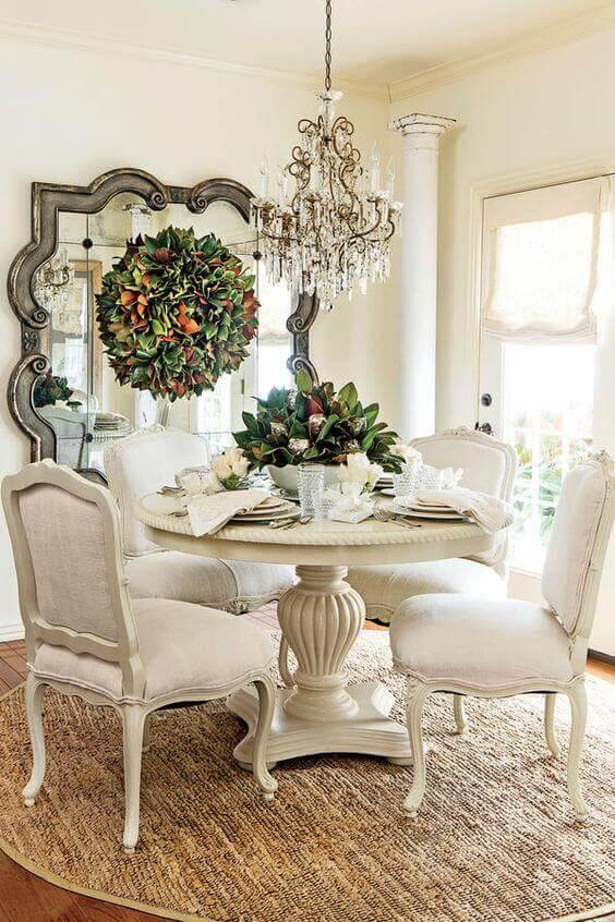 Móveis vintage na cor branca para sala de jantar