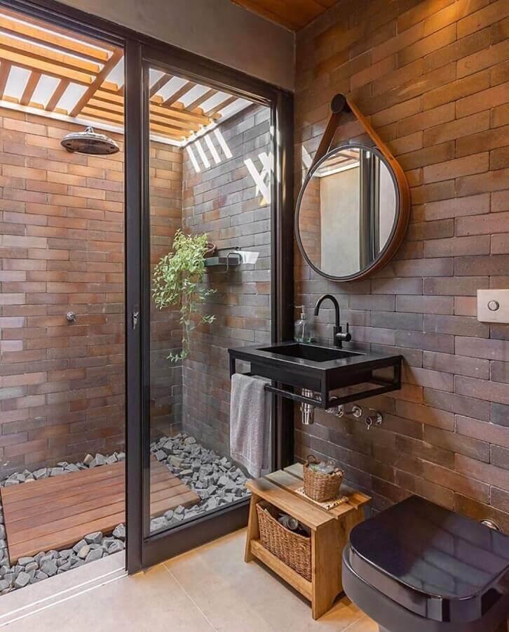Parede de tijolinho para decoração de banheiro bonito e rustico Foto Priscila Valente Arquitetura