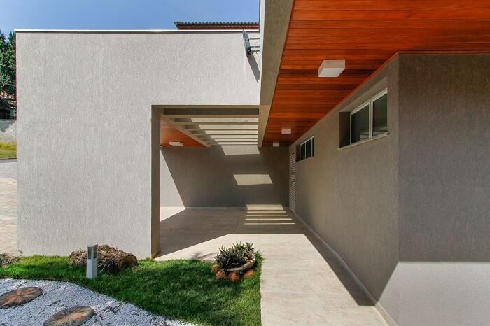Projeto de garagem com pergolado de concreto. Fonte: Otoni Arquitetura