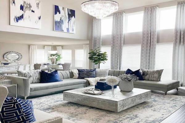 Sala cinza e prata luxuosa