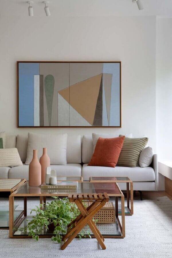 vasos com plantas para decoração de sala de estar moderna em cores neutras Foto Escala Arquitetura