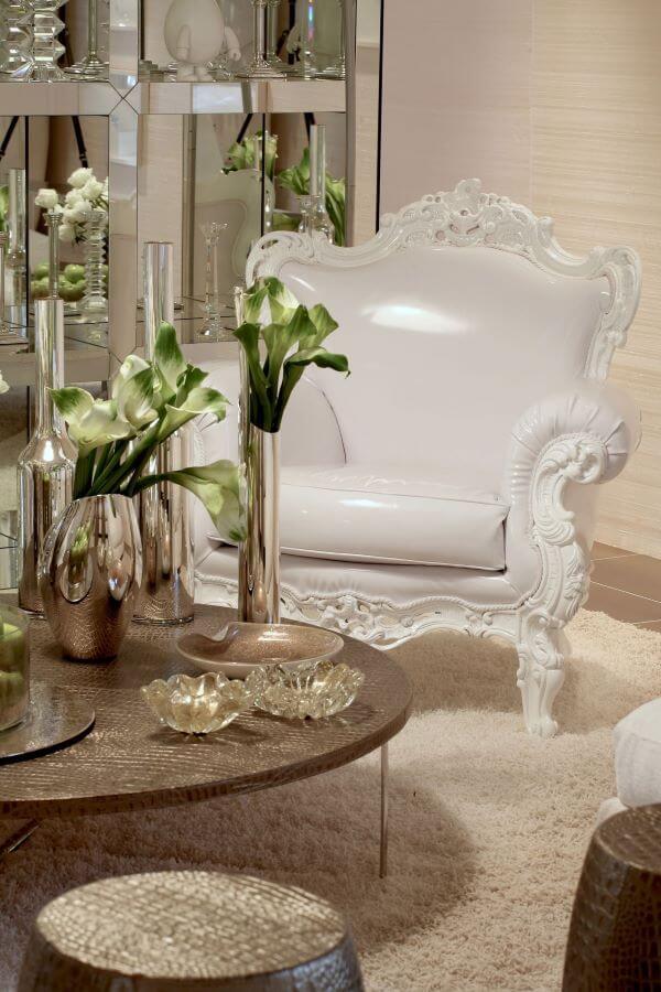 Vasos na cor prata para flores clássica e decoração luxuosa