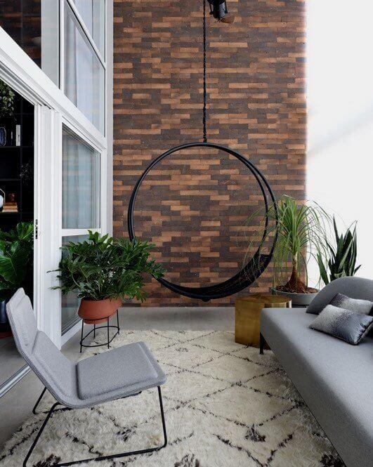 Cadeira suspensa para sacada na cor preta