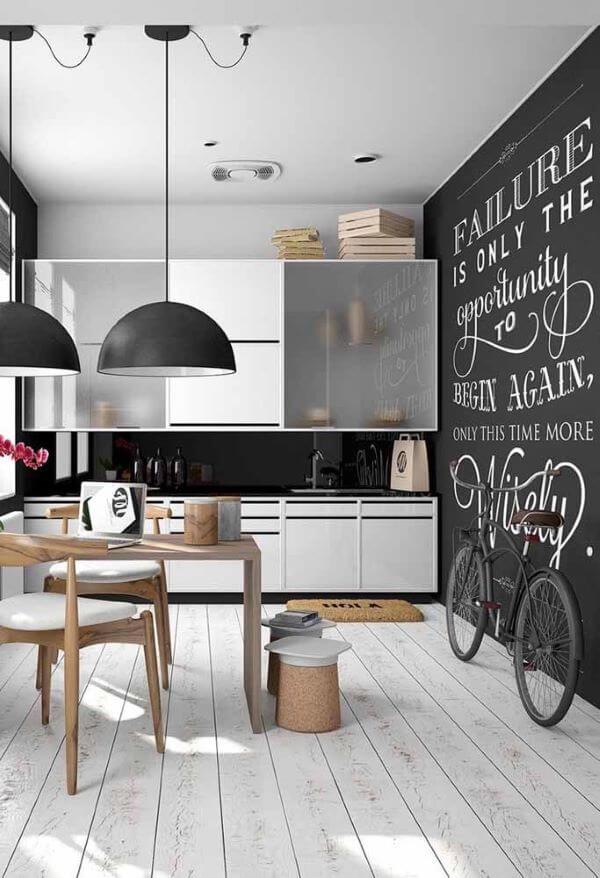 Casa moderna com lettering na parede