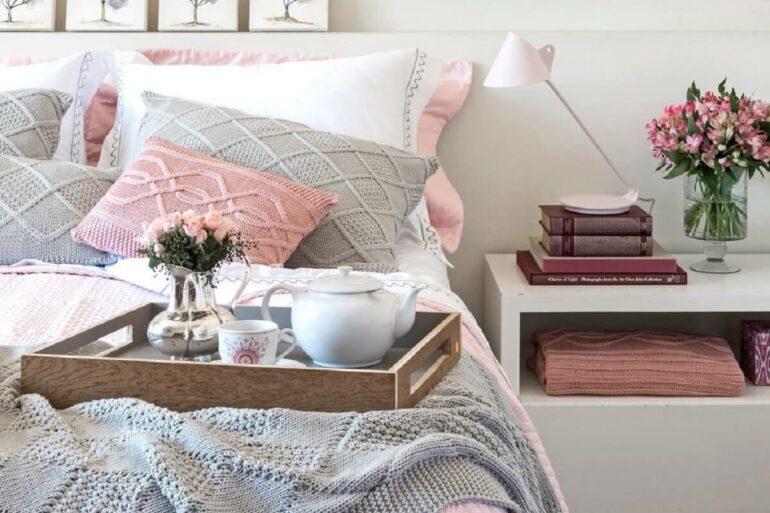 Confira as tendências para decorar a casa com flores. Fonte: Casinha Arrumada