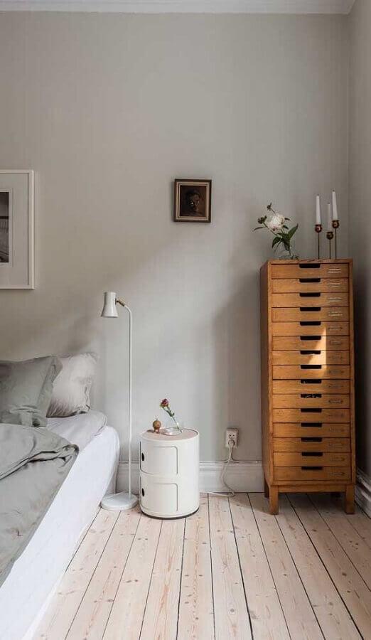 Decoração com gaveteiro para quarto cinza simples Foto Decor Fácil