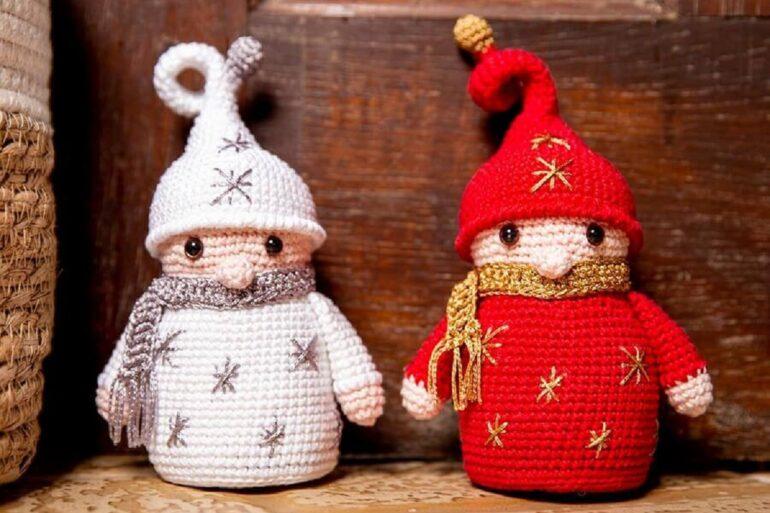Enfeite de Natal feito a mão com peso de porta de elfos Foto Circulo