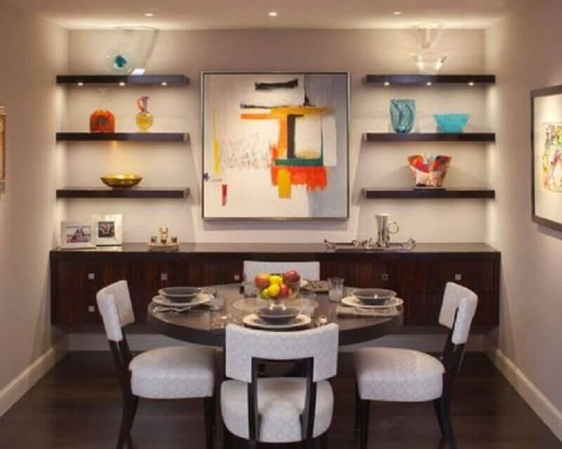 Mesa redonda para decoração de sala de jantar com buffet suspenso de madeira Foto Architecture Art Designs
